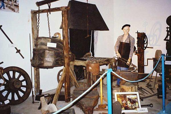 Musée d'Art et Traditions Populaires