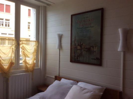 Madame-Lemarie-Marie-Paule-Dinard-chambre-bouble-3eme-photo