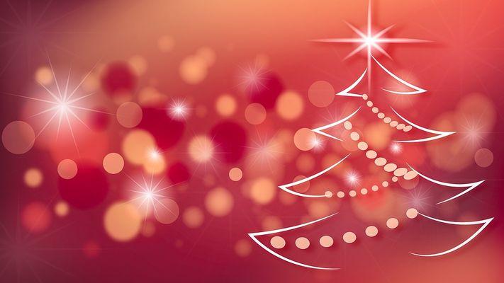 Noel-sapin-rouge--Monicore-Pixabay