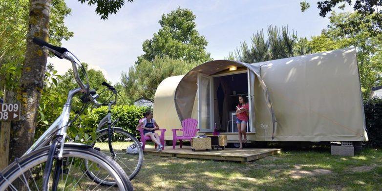 Camping-Emeraude-Saint-Briac-grande-tente