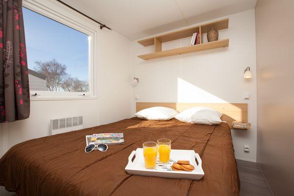 Camping-EmeraudeSaint-Briac-lit-double