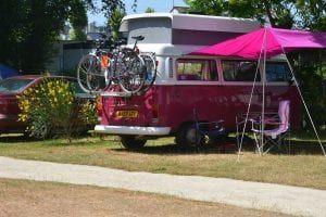 Camping-La-Touesse-Saint-Lunaire-van-rose