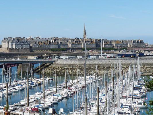 Cap-sur-Saint-Malo---Location---Feret