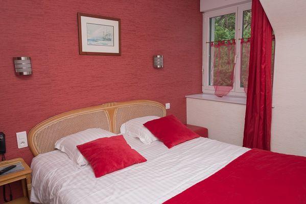 Chambre double rouge - La Voilerie - Cancale
