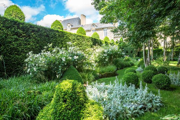 Chambre d'hôtes château de la Ballue à Bazouges-la-Pérouse
