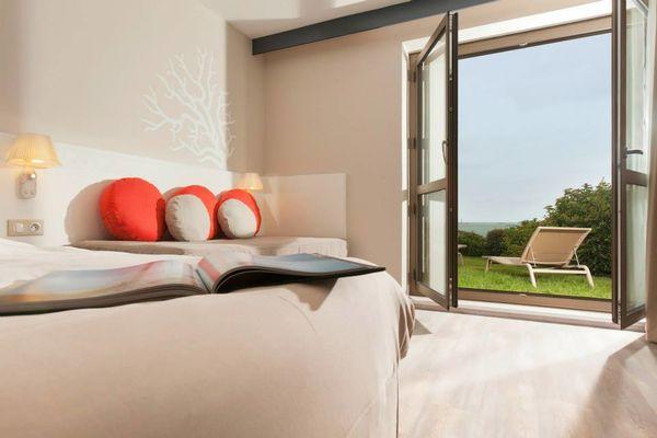 Hotel-Dinard-Thalassa-chambre-double-avec-fenetre