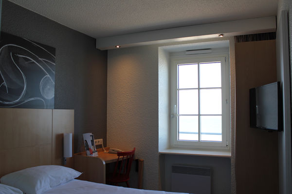 IBIS PLAGE - chambre double vue cote mer - StMalo