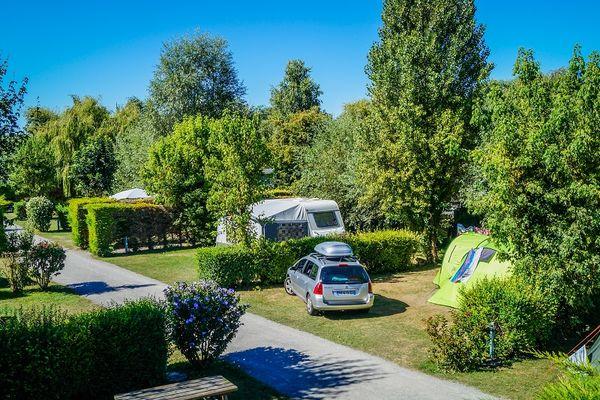 ILEVERTE11-emplacement-camping-stbenoitdesondes