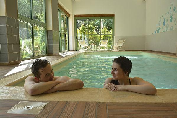 KABUKI couple piscine - DSC5202