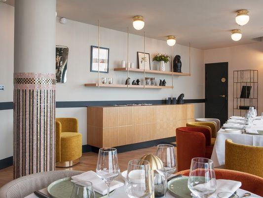 Le-Pourquoi-Pas-Dinard-salle-de-restaurant-2
