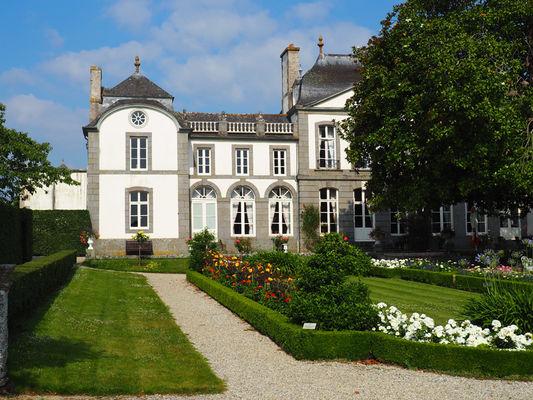 Jardins à la française avec vue sur la malouiniere - Montmarin - Pleurtuit