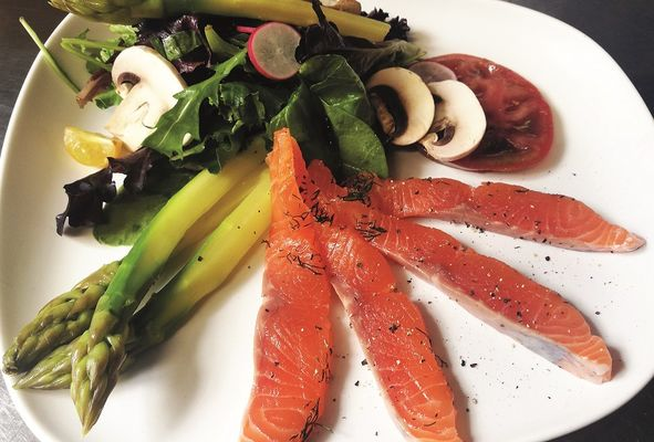 Salade-saumon-Gravlax-bar-a-the