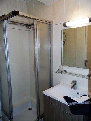 Salle d'eau bis - L'Etrave - Résidence la Hoguette - Saint-Malo