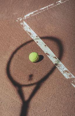 Tennis ©hessam-hojati-unsplash