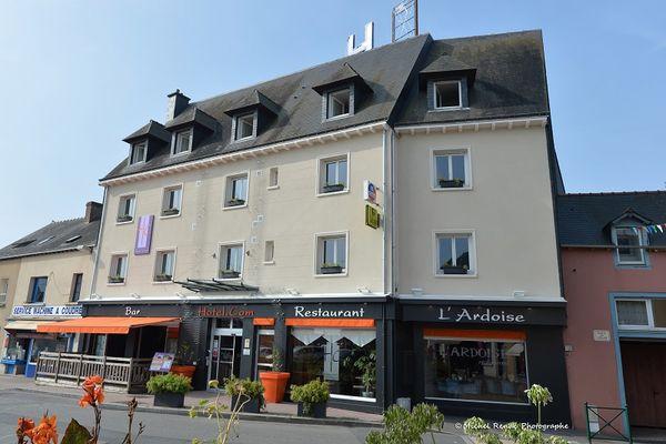 Vue extérieure Hôtel-restaurant Hôtel.com