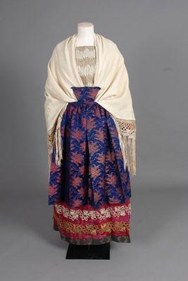 le-musee-change-de-costumes-web