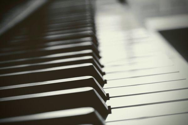 piano ©Joshua Hoehne