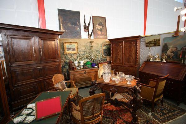 --Salon-des-Antiquaires