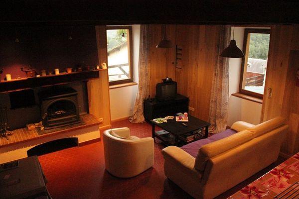 Maison du Coue Gite Salon vue1