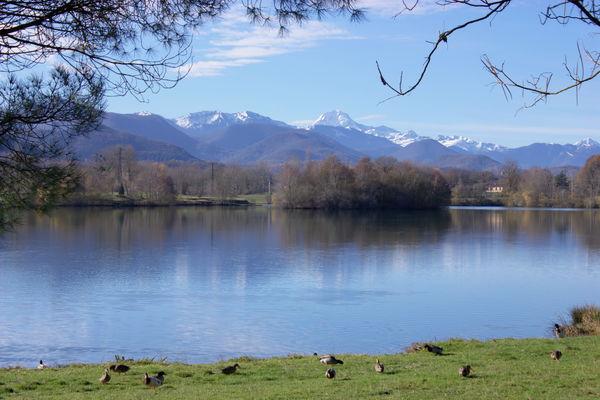 Montréjeau lac et pyr 2©F Andreucetti