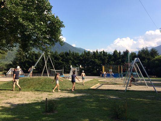 Camping Pradelongue 2 BAGNERES DE LUCHON