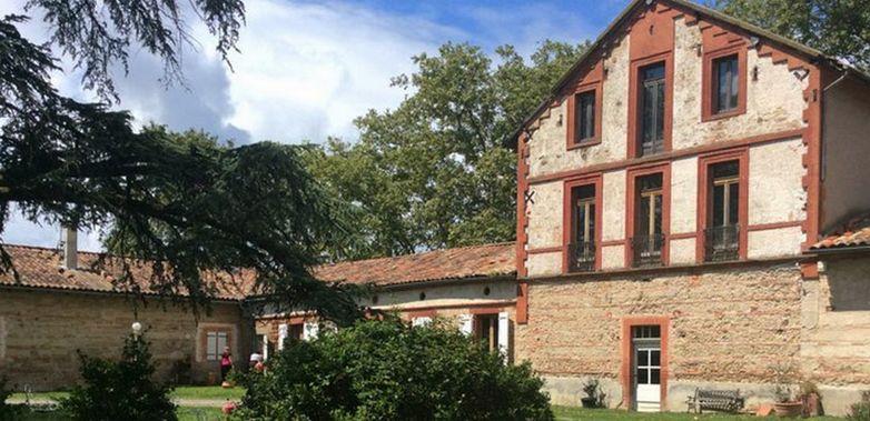 Chateau Flotis1
