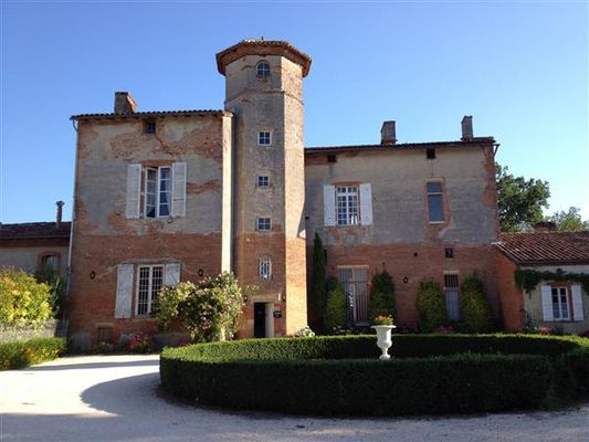 Chateau Thegra BALMA