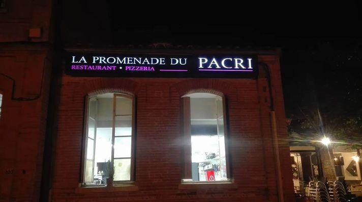 Exterieur-La-Promenade-du-Pacri-BUZET-SUR-TARN