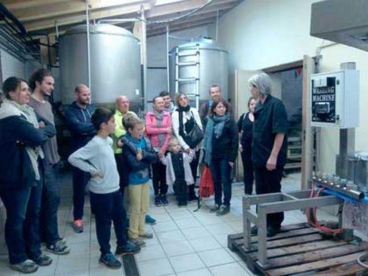 Joelle-visite-brasserie bierataise BERAT