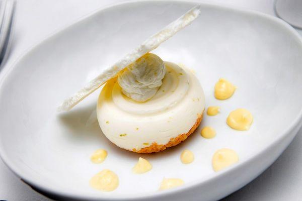 LA-TABLE-DE-LINITIAL_Dessert1