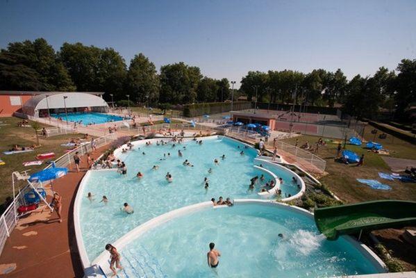 piscine municipale villefranche de lauragais tourisme haute garonne. Black Bedroom Furniture Sets. Home Design Ideas