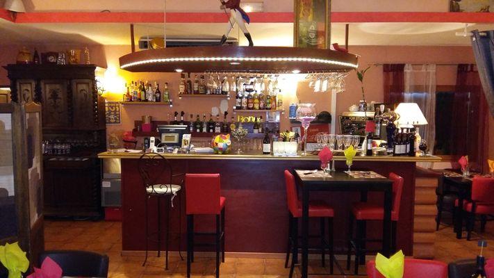 Salle-restaurant-La-Toscane-VILLEMUR-SUR-TARN