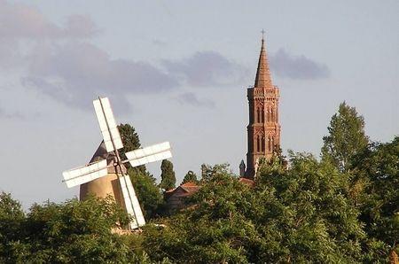 moulin et eglise montbrun lauragais