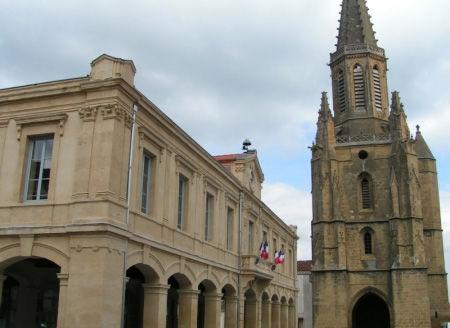 boulogne sur gesse halle mairie