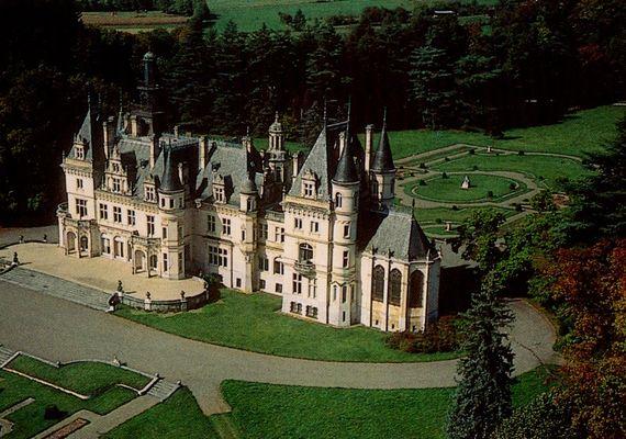 chateau VALMIRANDE