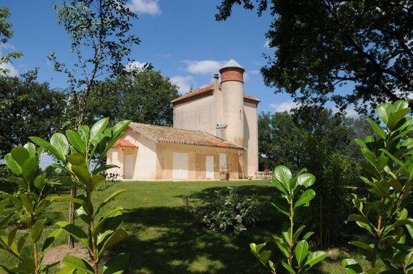 chateau bellevue FRONTON