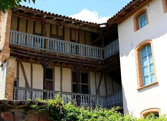 cour_office_de_tourisme_credit-OT_Hauts-Tolosans (3)