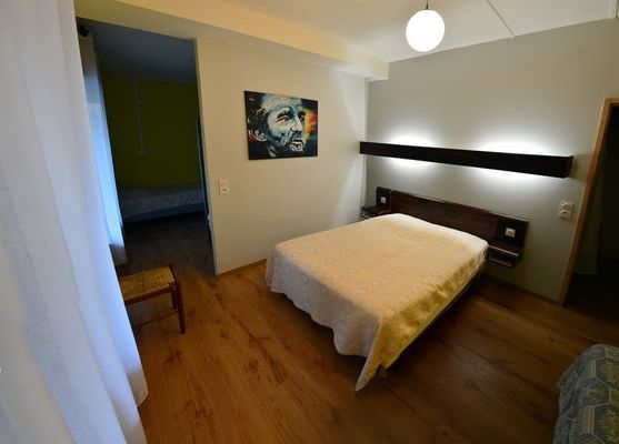 friendly hotel auberge hostel chambre