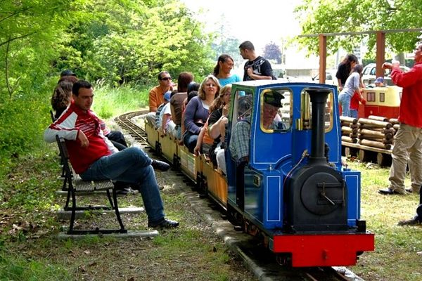 le_petit_train_de_grenade-Credit-Petit-Train_Grenade (2)