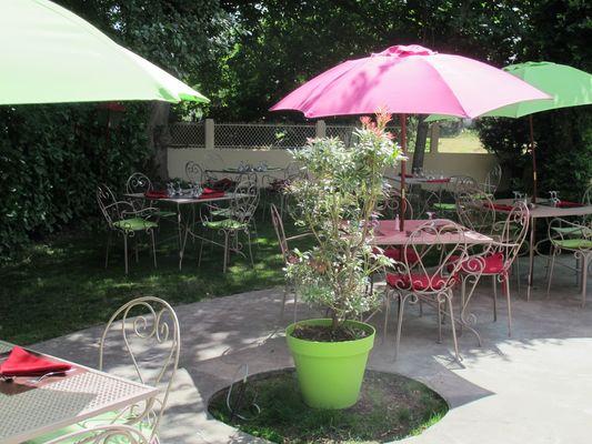 salon jardin hostellerie-du-parc LABARTHE