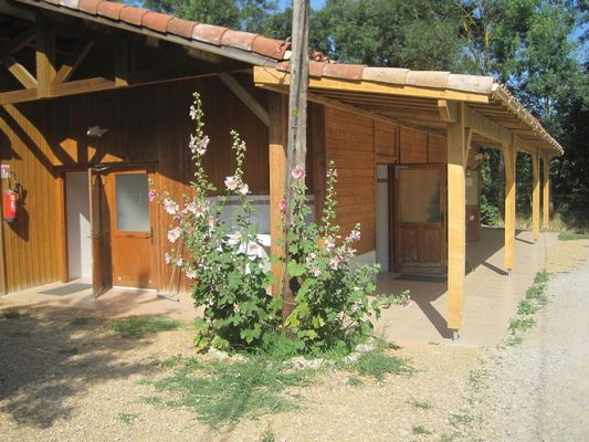 Sanitaire camping le chemin vert SAINT LYS