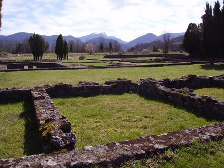 site antique vue rapprochee SAINT BERTRAND