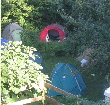 tente camping a la ferme MALVEZIE