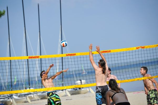 Multi activités-UCPA-Bombannes-beach volley