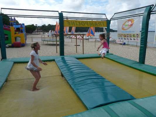 Bo and jo club de plage les acrobates (4)