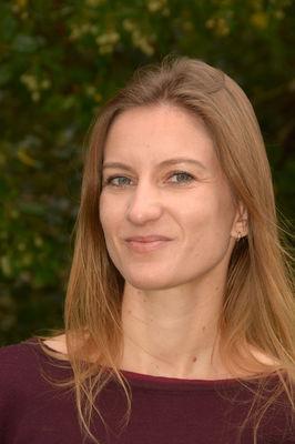 Cécile DENIS8