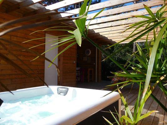 Chambre d'hôtes-Dadoy-Lacanau-Terrasse vue sur cuisine extérieur