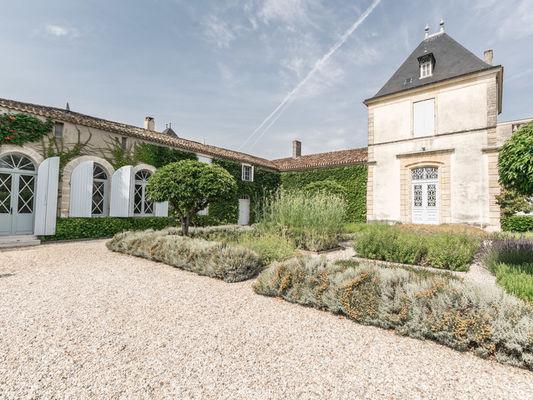 Château-Paveil-de-Luze5