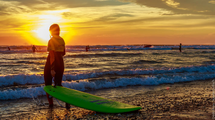 UCPA - Le Surf Sans Frontières2
