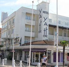 Yatt façade